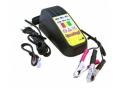 Chargeur pour batterie moto et pour batterie scooter
